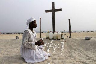 """Benedicto XVI pide el """"cese inmediato"""" de la violencia contra los cristianos en Nigeria"""