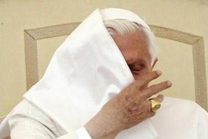 """Los """"cuervos-topos"""" del Vaticano siguen filtrando documentos"""