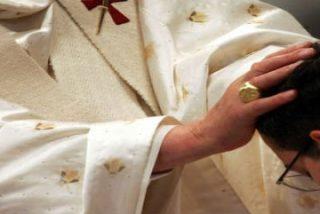 """El Vaticano dice que """"el celibato es un compromiso imprescindible para los sacerdotes"""""""