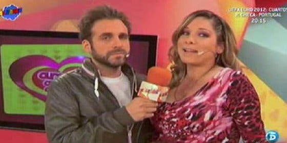 """Los enemigos peruanos de 'Sálvame' machacan en directo a la Esteban en una bronca sin precedentes: """"Belén, queremos tu cabeza"""""""
