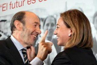 Rubalcaba y Chacón luchan por los despojos del PSOE