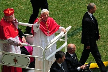 """El Papa, en San Siro, invita a los jóvenes a ser santos y """"tender a ideales altos"""""""