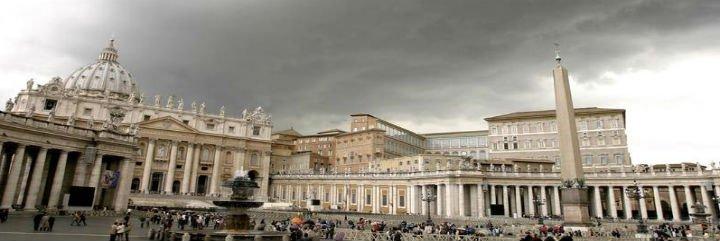 """Vaticano: """"Incorrecta"""" la filtración de un informe psiquiátrico sobre su ex banquero"""