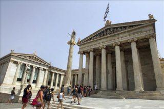 Grecia recortará a la mitad el sueldo de los sacerdotes ortodoxos