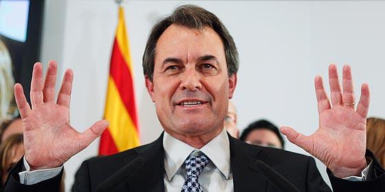 Las encuestas predicen una caída electoral de CiU, PSC y el PP 'català'