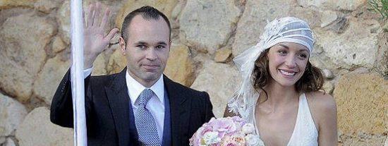 Andrés Iniesta se casa en un castillo con Anna Ortiz y ante 700 invitados