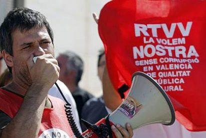 La ruina de Canal 9: las peleas políticas inflaron la plantilla y las productoras privadas hicieron negocio