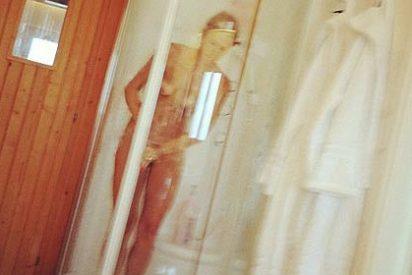 El portero Cañizares incendia Twitter con una foto de su mujer desnuda