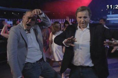 """Las bromas de Antonio Miguel Carmona tras su imitación de Travolta: """"Alfredo, que no soy yo"""""""