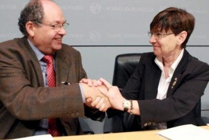 El Gobierno vasco da a Cáritas medio millón de euros para luchar contra la pobreza