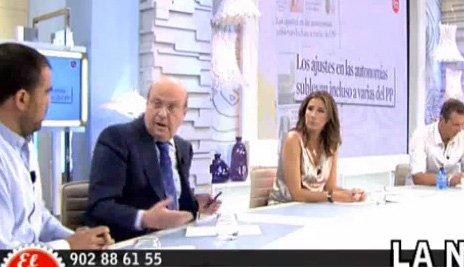 Carlos Dávila firma la paz con Telecinco un año después de su bronca por el caso Bono