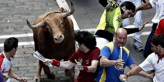 Peligrosísimo, limpio y rápido último encierro de San Fermín 2012