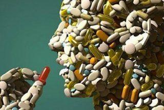 El copago farmacéutico hace aflorar 150.000 tarjetas de fallecidos aún activas