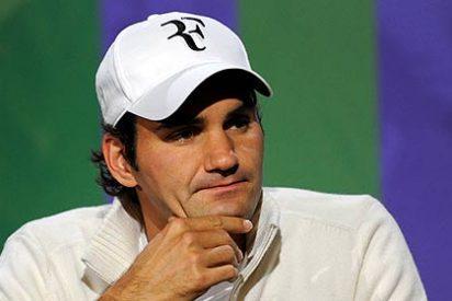 Federer machaca a Djokovic y jugará la final de Wimbledon contra Murray