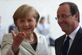"""Merkel y Hollande harán """"todo lo que haga falta"""" para proteger la zona euro"""