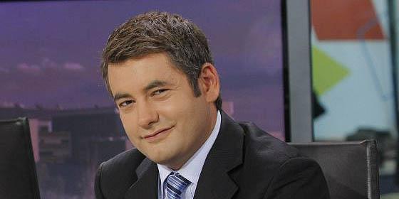 Víctor de la Serna acusa a Rosario 'la dinamitera' de El País de hacer 'periodismo de hachazos'