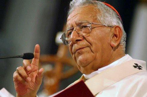 El cardenal Terrazas defiende al Papa ante las críticas de Morales