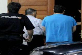 Un policía alertó que el detenido por robar el Calixtino se jactaba de tener cosas de la Iglesia
