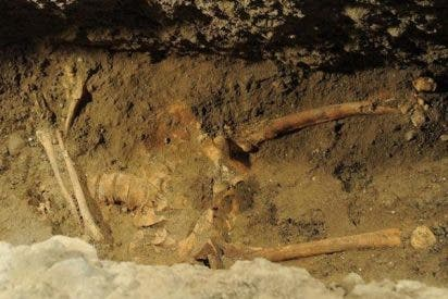 """Encuentran el altar bajo el que puede estar enterrada la """"Mona Lisa"""" """