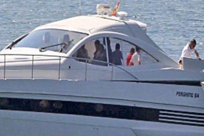 La Reina Sofía sale a navegar con seis de sus nietos