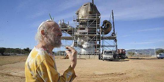 Más de 400.000 euros por una escultura en un aeropuerto fantasma