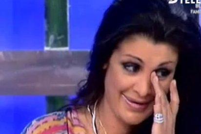 """Una arruinada Estíbaliz Sanz, icono sexual de nuestra TV, rompe a llorar en directo: """"No como para darle de comer a mi hijo"""""""
