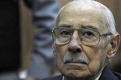 Videla, condenado a 50 años por el robo 'sistemático' de bebés