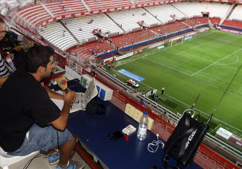 Las radios se quejan de las condiciones en los estadios a pesar del pago de 98 euros acordado