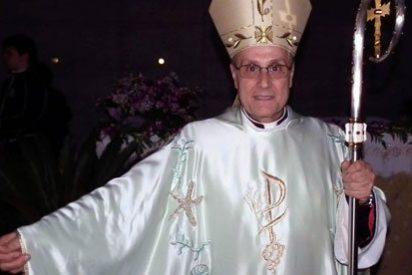 Un obispo italiano oficiará misa vestido de Armani
