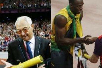 Bolt 'se peleó' con un juez para llevarse el testigo del relevo 4x100 como souvenir