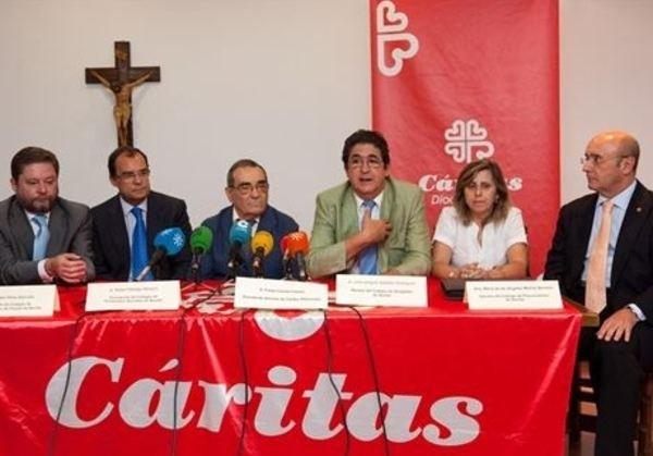 Cáritas Sevilla no aceptará comida procedente de asaltos a supermercados