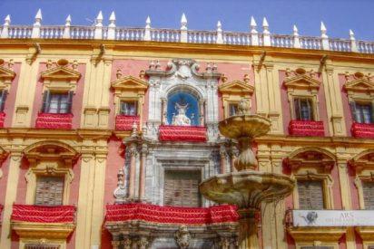"""""""La Junta de Andalucía ha hecho uso gratuito del Palacio Episcopal"""""""
