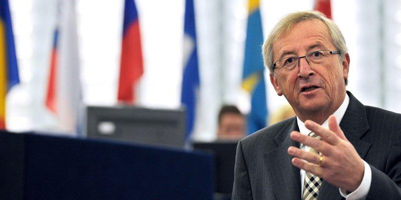 Juncker advierte de los riesgos imprevisibles de una salida de Grecia del euro