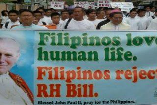 La Iglesia católica filipina lanza a sus fieles a la calle contra los métodos anticonceptivos