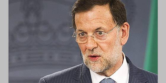 ¿Rajoy se sale con la suya?: El riesgo país de España cae a toda prisa