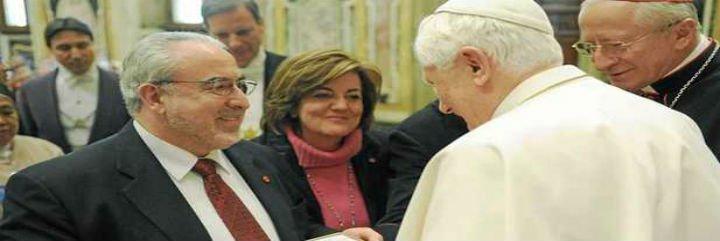 El cheque español de los 100.000 euros que robó el mayordomo del Papa