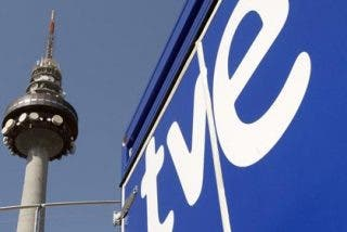 Con agostidad y alevosía, así ve 'El País' la contrarreforma de RTVE