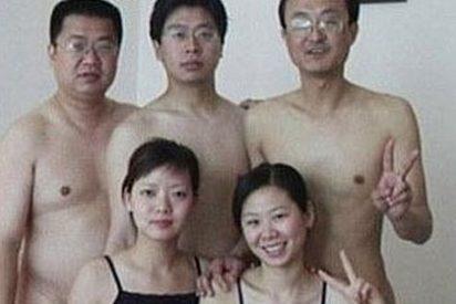 Los políticos chinos desnudos de la foto niegan que se tratara de una orgía