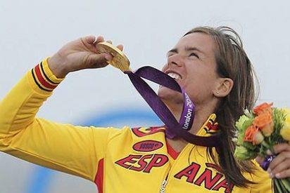 La windsurfista Marina Alabau logra la primera medalla de oro para España