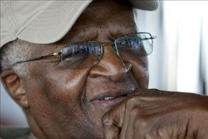 Desmond Tutu propone llevar a Bush y Blair ante La Haya
