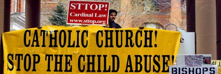 La Iglesia católica reconoce 620 casos de pederastia en Australia desde 1930