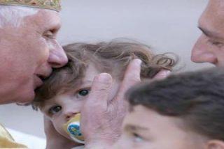 """Benedicto XVI pide a los políticos que actúen con """"espíritu profético"""" en la crisis"""