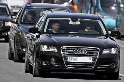 Mariano Rajoy sólo reduce un 13% los vehículos oficiales