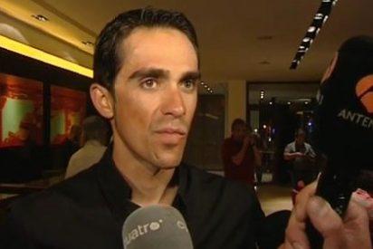 """Raúl Meda, de Antena3, le recuerda a un victorioso Alberto Contador el 'episodio del chuletón': """"¿Te has pasado ya al pescado?"""""""