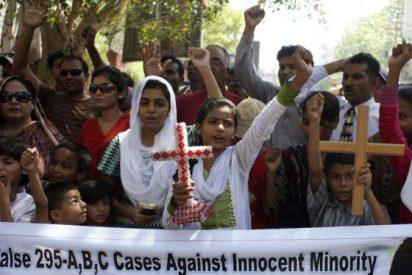 Dos cristianos asesinados en las afueras de Karachi