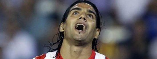 El atlético Radamel Falcao, delantero total, es codiciado ya por todos