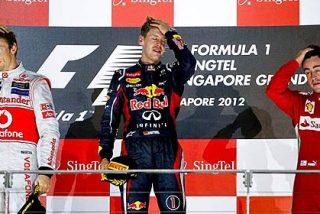 Vettel gana en Singapur y recorta distancias con Alonso en el Mundial de F1