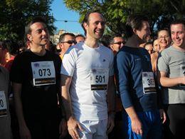 El presidente del Govern suda la camiseta en la Maratón Benéfica contra la Fibrosis Quística