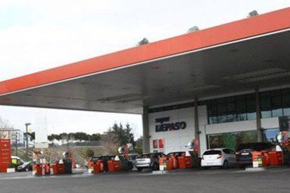 El precio de la gasolina desciende un 2,6 por ciento en una semana
