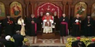 El primer día del Papa en el país de los cedros